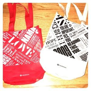 red +white, or white + black lululemon bags